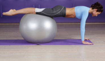 Flat Stomach Exercises Using A Swiss Ball