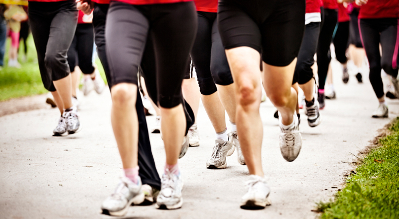 5 Reasons To Try A Running Club This Winter
