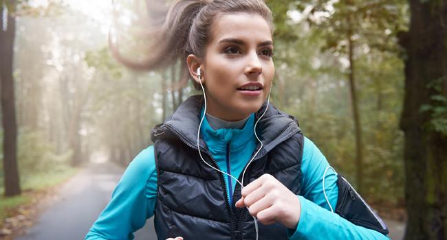 Best Headphones For Female Runners