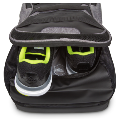 It's all work+play with the all-in-1 fitness bag from Targus
